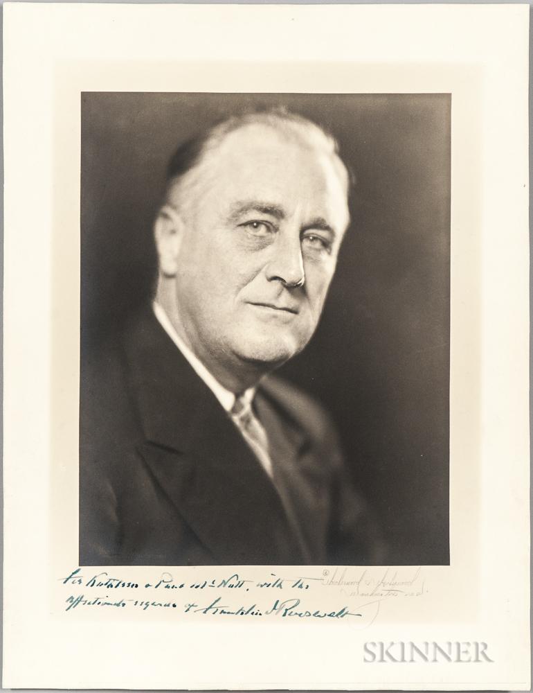 Roosevelt, Franklin Delano (1882-1945) Signed Photograph.