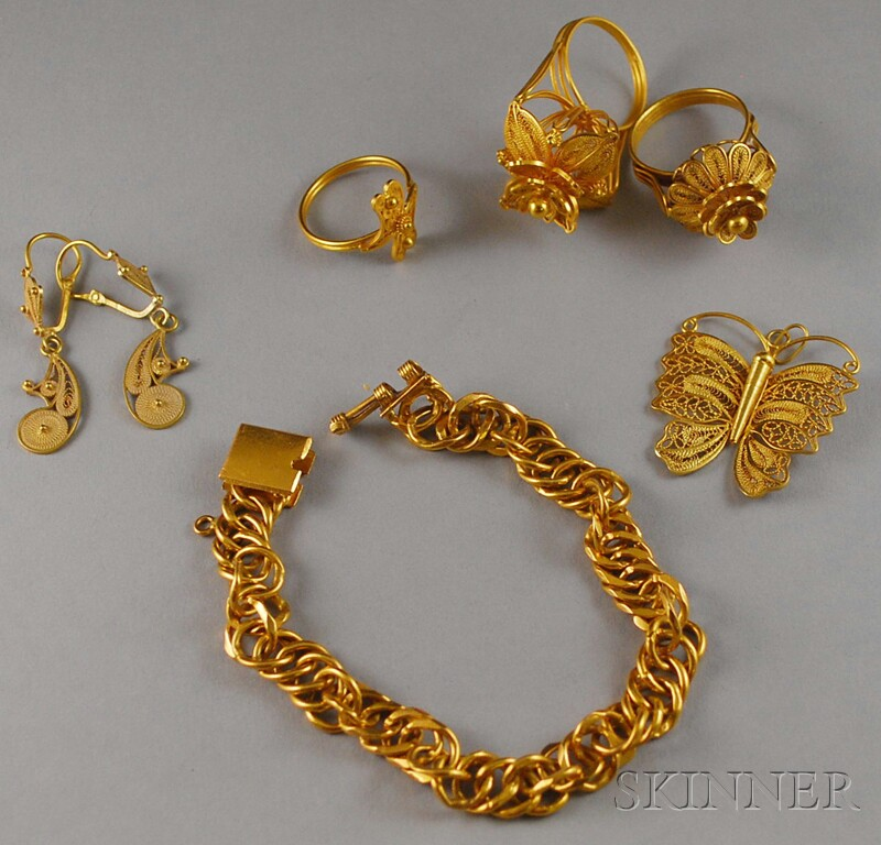 Small Group of Gold Filigree Jewelry