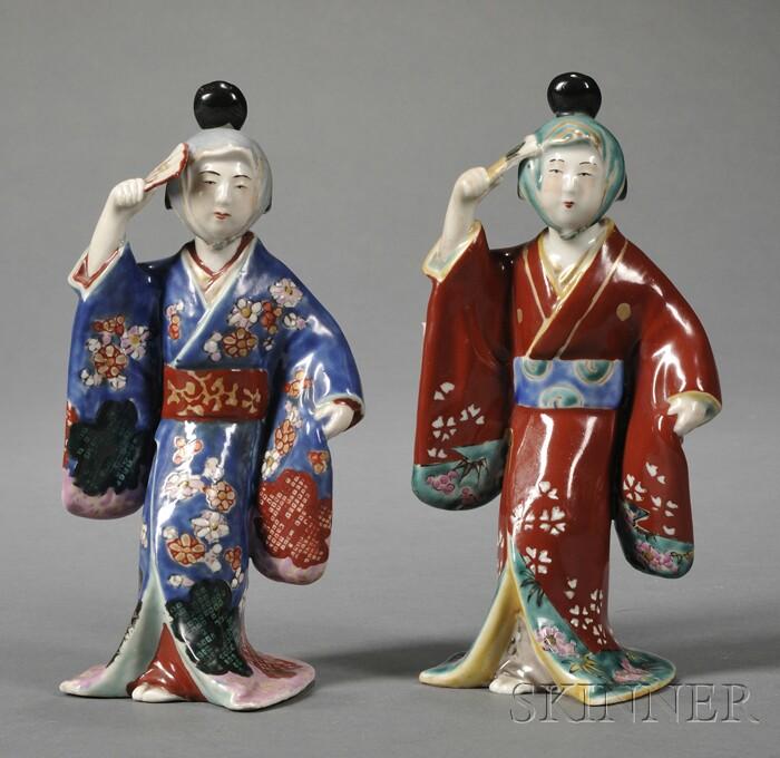 Pair of Japanese Kakiemon-type Porcelain Figures of Dancers