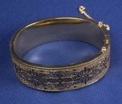 Victorian 14kt Gold and Enamel Bangle Bracelet