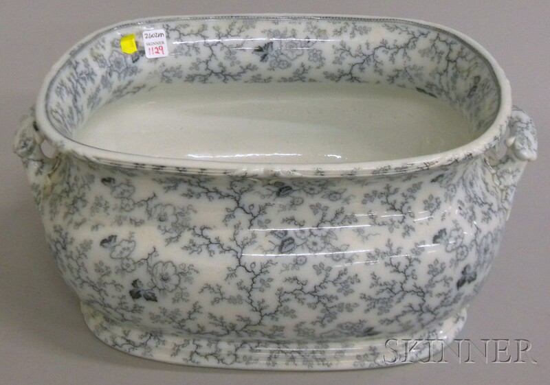 Francis Morley & Co. Lady Peel Pattern Ceramic Foot Bath