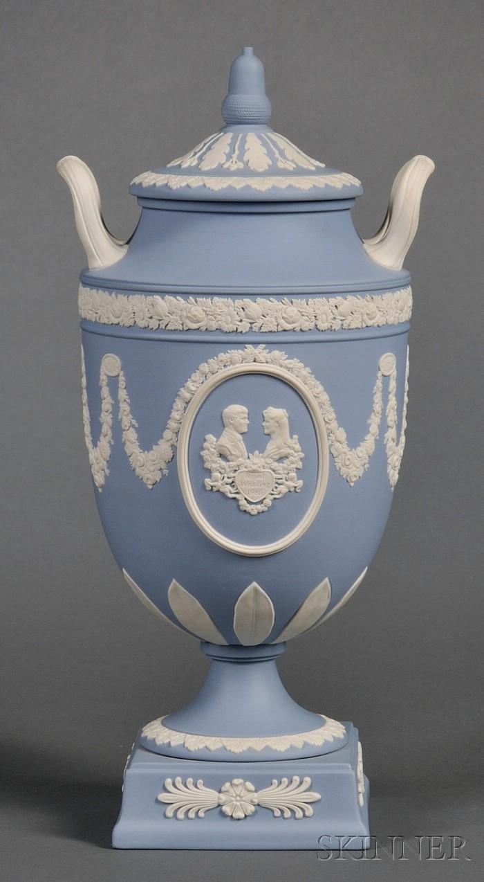 Wedgwood Solid Blue Jasper Royal Commemorative Vase and Cover
