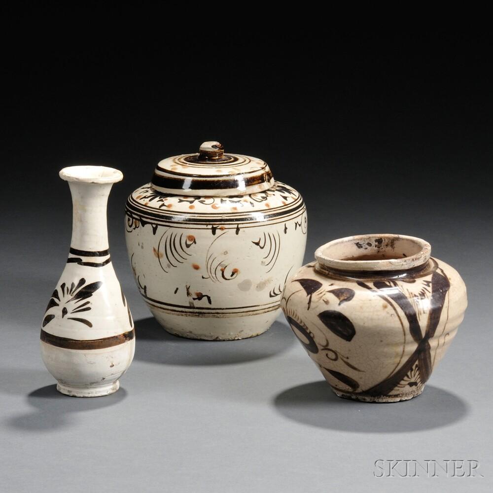 Three Cizhou Pottery Items