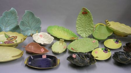 Eighteen Assorted Carlton Ware Leaf-form and Series Ware Dishes.