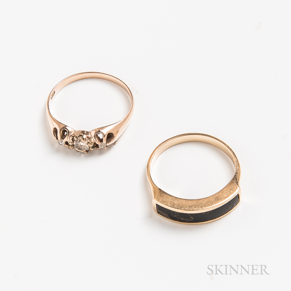 Two 14kt Gold Rings