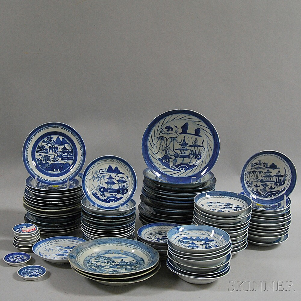Approximately Ninety-four Pieces of Canton Tableware
