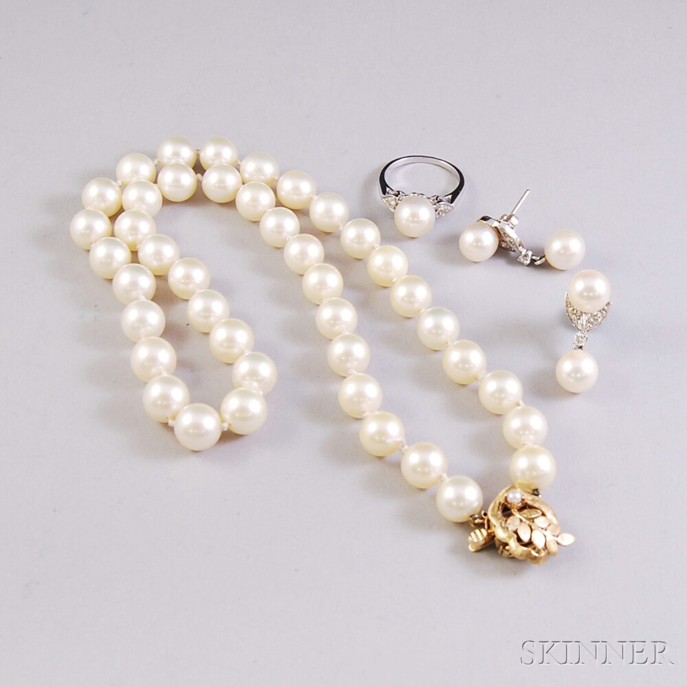 Three Pieces of Cultured Pearl Jewelry