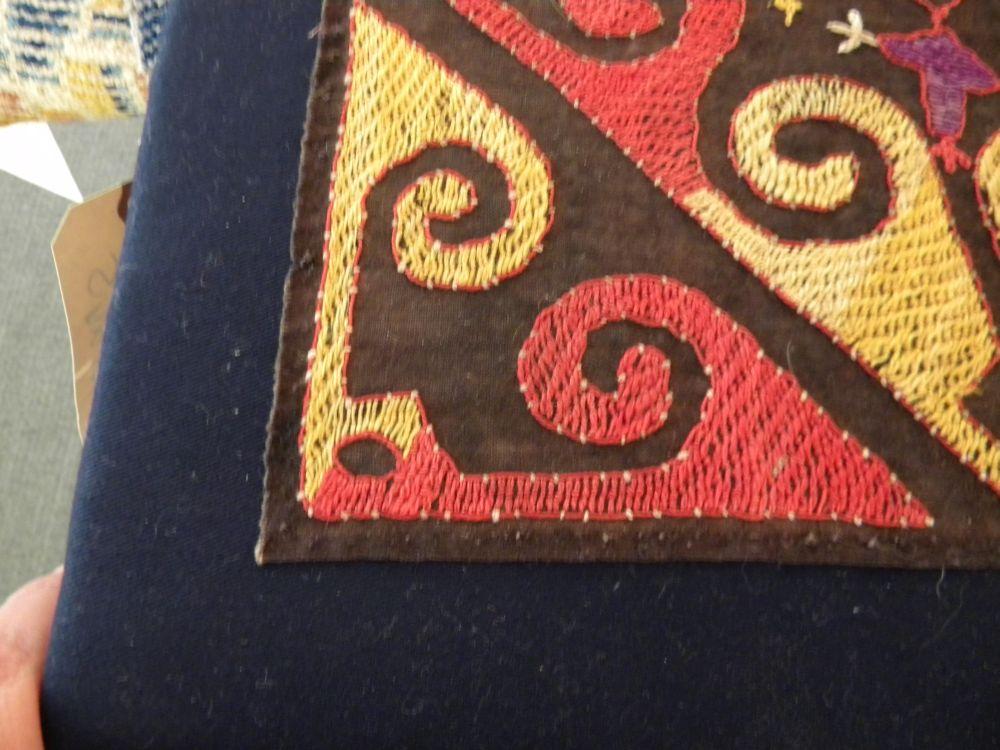 Kungrat Silk Embroidered Ilguch