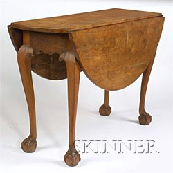 Chippendale Cherry Carved Drop-leaf Table