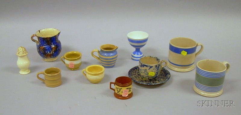 Twelve Pieces of English Pottery Tableware