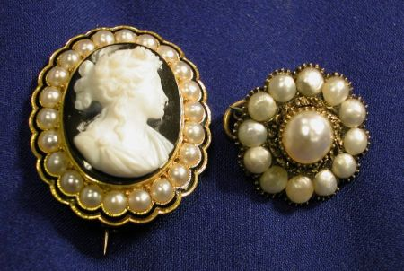 Antique 18kt Gold, Agate, Enamel and Seed Pearl Cameo Brooch