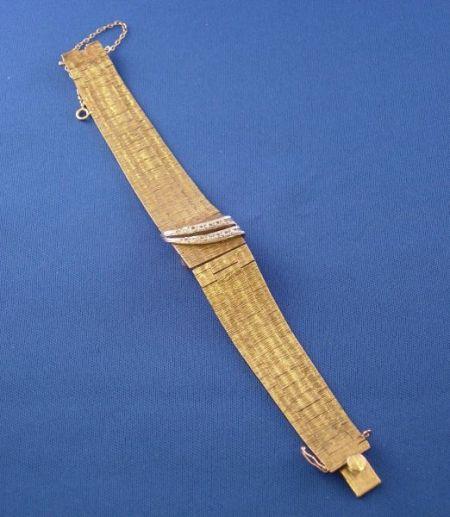 Zodiac 17-jewel 14kt Gold and Diamond Ladys Wristwatch.