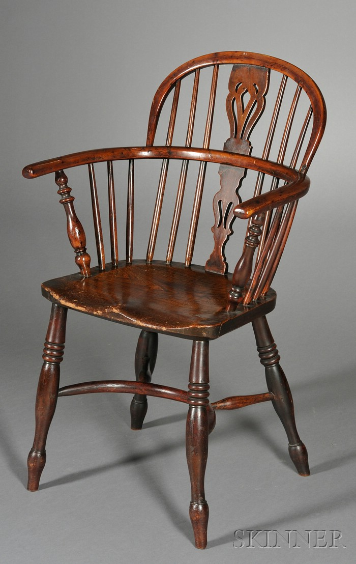 English Elmwood and Yew Wood Windsor Armchair