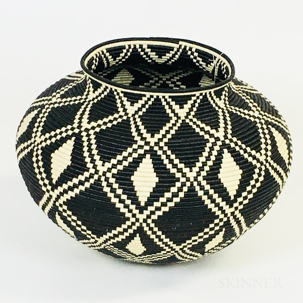 Contemporary Woven Wounaan Basket