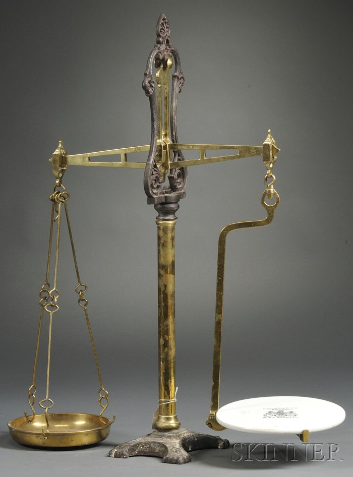 Avery Brass Table Scale