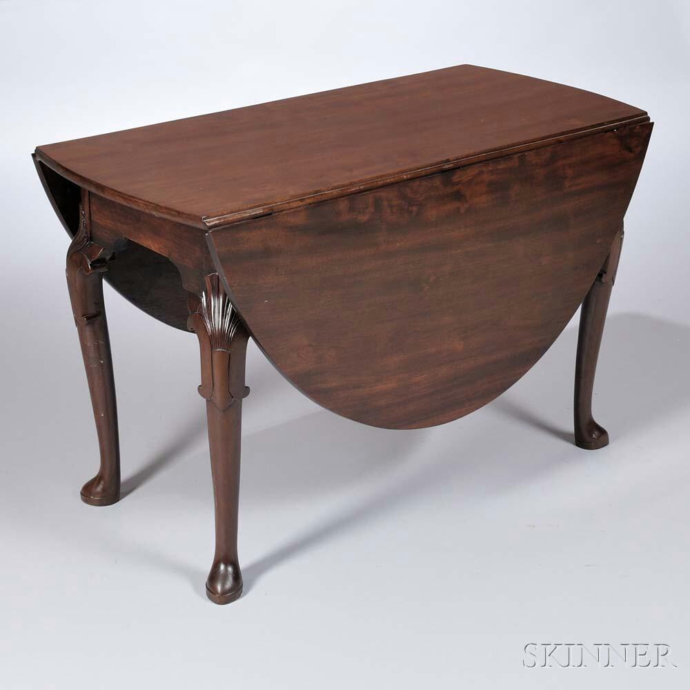 Georgian Mahogany Gate-leg Table