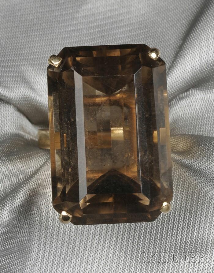 14kt Gold and Smoky Quartz Ring