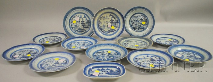 Twelve Chinese Export Porcelain Canton Plates and a Small Platter