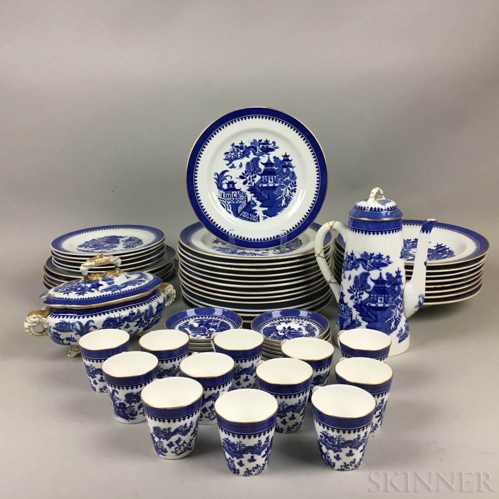 "Approximately Fifty-seven Pieces of Royal Worcester ""Blue Willow"" Porcelain Tableware.     Estimate $150-250"