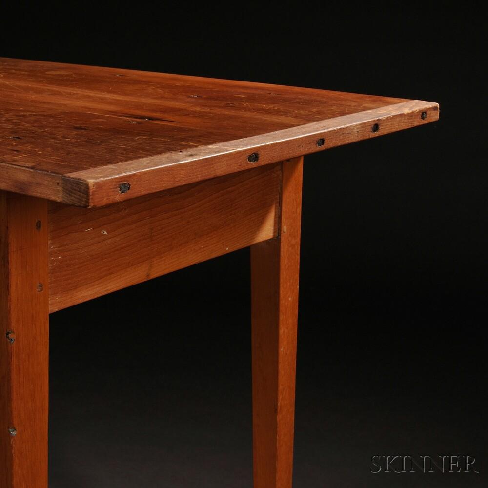 Shaker Pine Work Stand