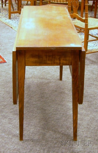 Walnut Drop-leaf Table.