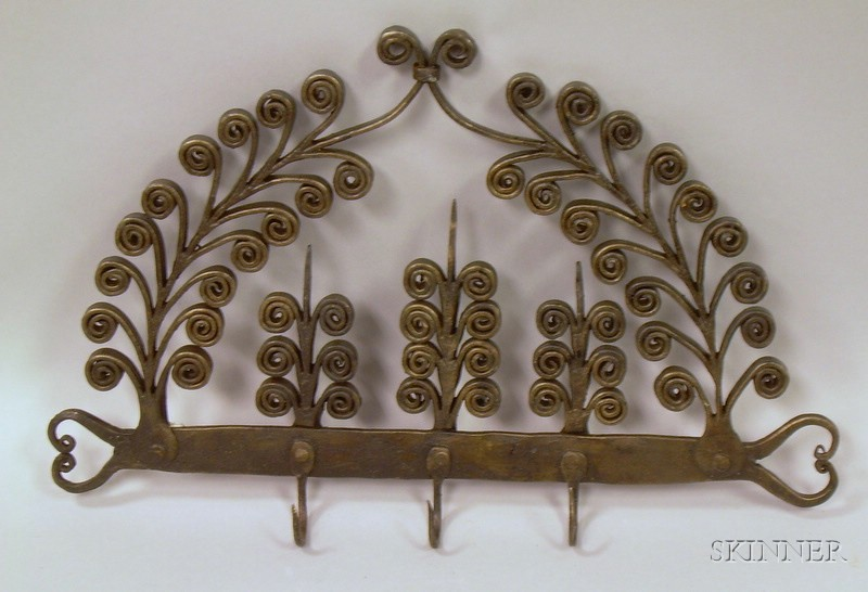 Scrollwork Wrought Iron Wall Rack with Hooks