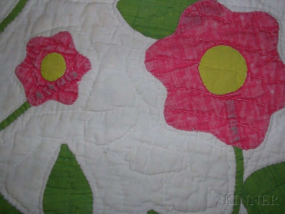 Pieced and Appliqued Cotton Quilt with Floral Wreath Design