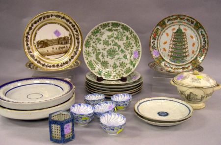 Twenty-eight Pieces of Assorted Porcelain and Pottery