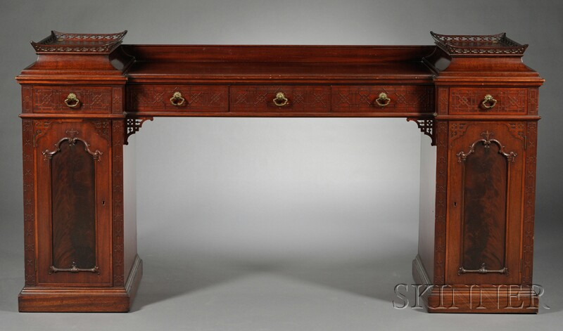 Chinese Chippendale-style Mahogany Sideboard