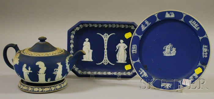 Twenty Pieces of Assorted Wedgwood Ceramics