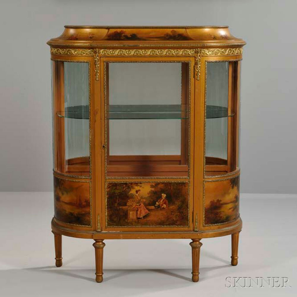 Louis XV-style Vernis Martin Cabinet Display