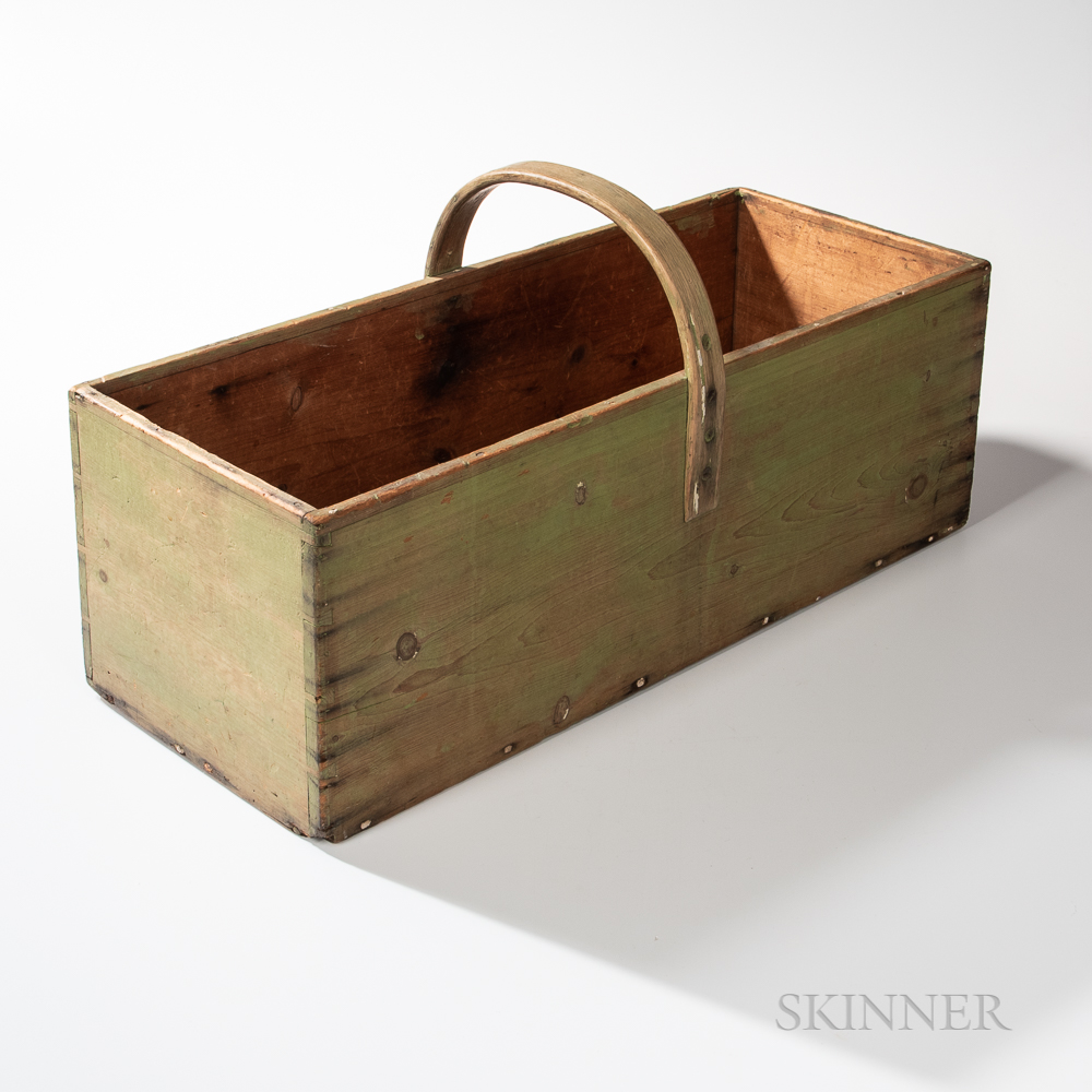 Large Shaker Pine Green-painted Rectangular Carrier