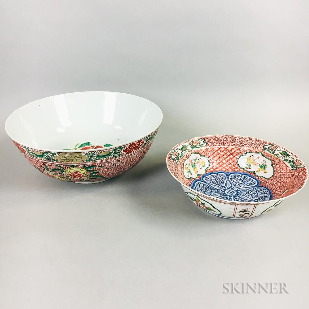 Two Export Enameled Porcelain Bowls