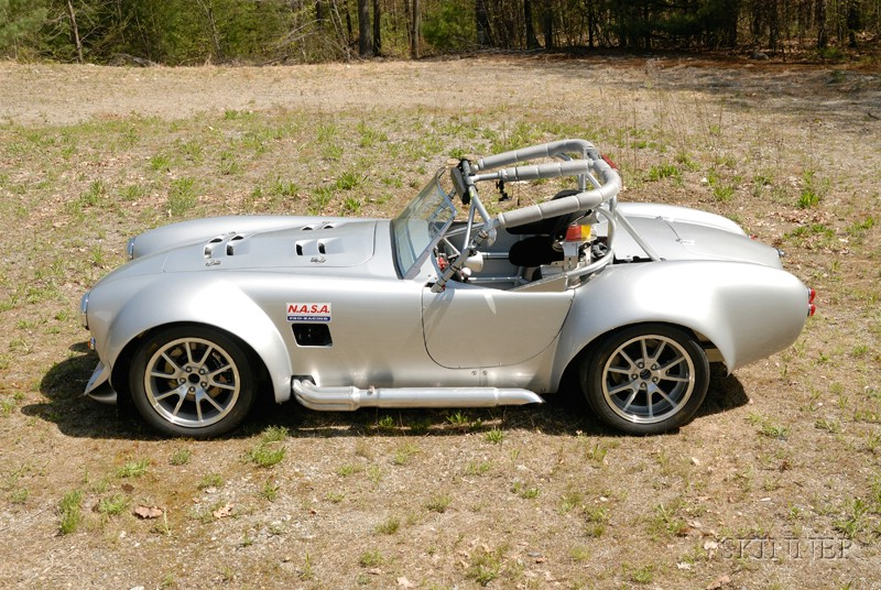 *1965 Factory Five Challenge Race Car with 1999 GMC Carrier Vehicle
