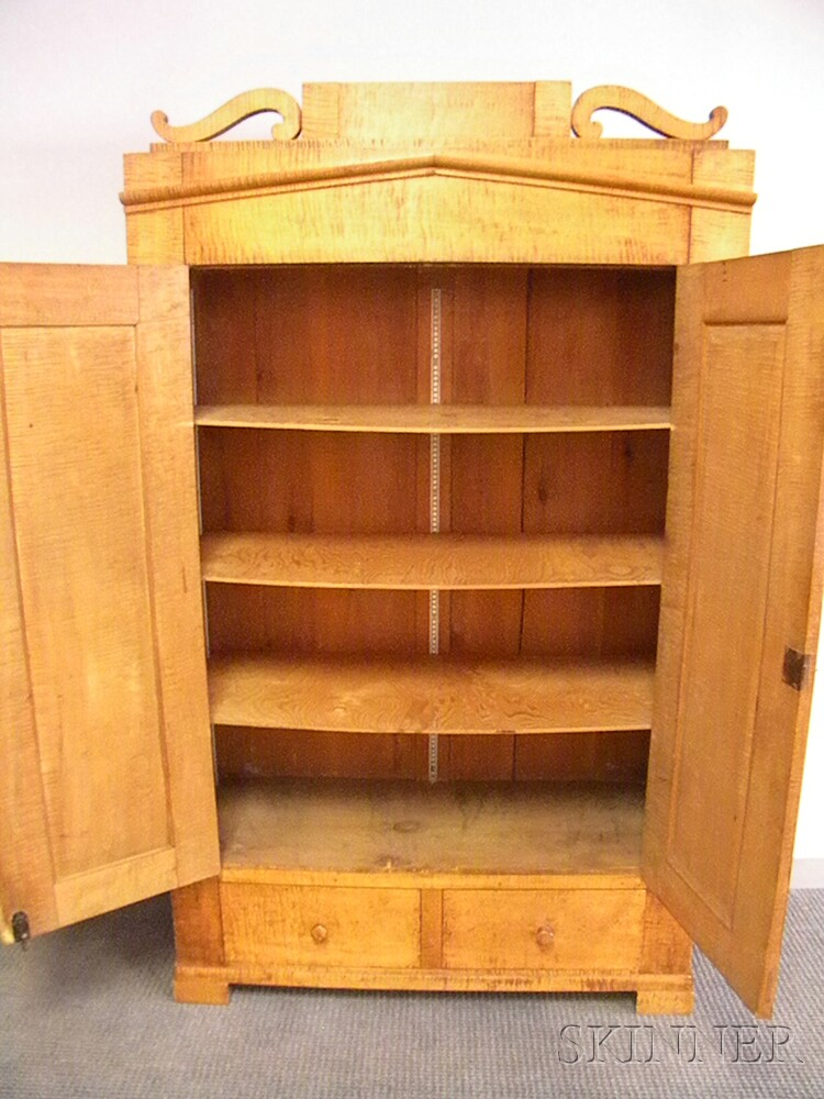 Classical Tiger Maple Wardrobe Cabinet with Two Paneled Doors