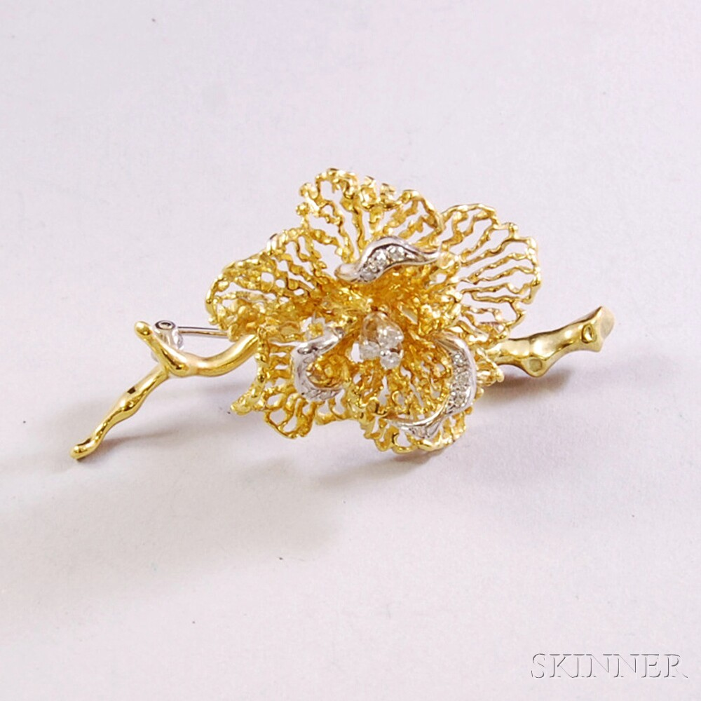 18kt Bicolor Gold and Diamond Flower Brooch
