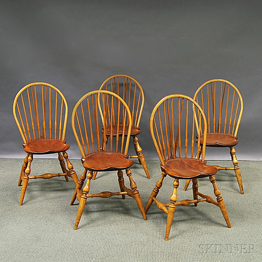 Set of Five Braced Bow-back Windsor Side Chairs