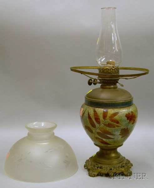 Doulton Glazed Leaf Decorated Stoneware and Brass-fitted Kerosene Table Lamp