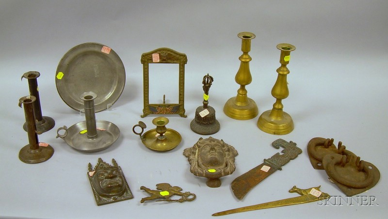 Sixteen Assorted Metal Decorative and Collectible Items