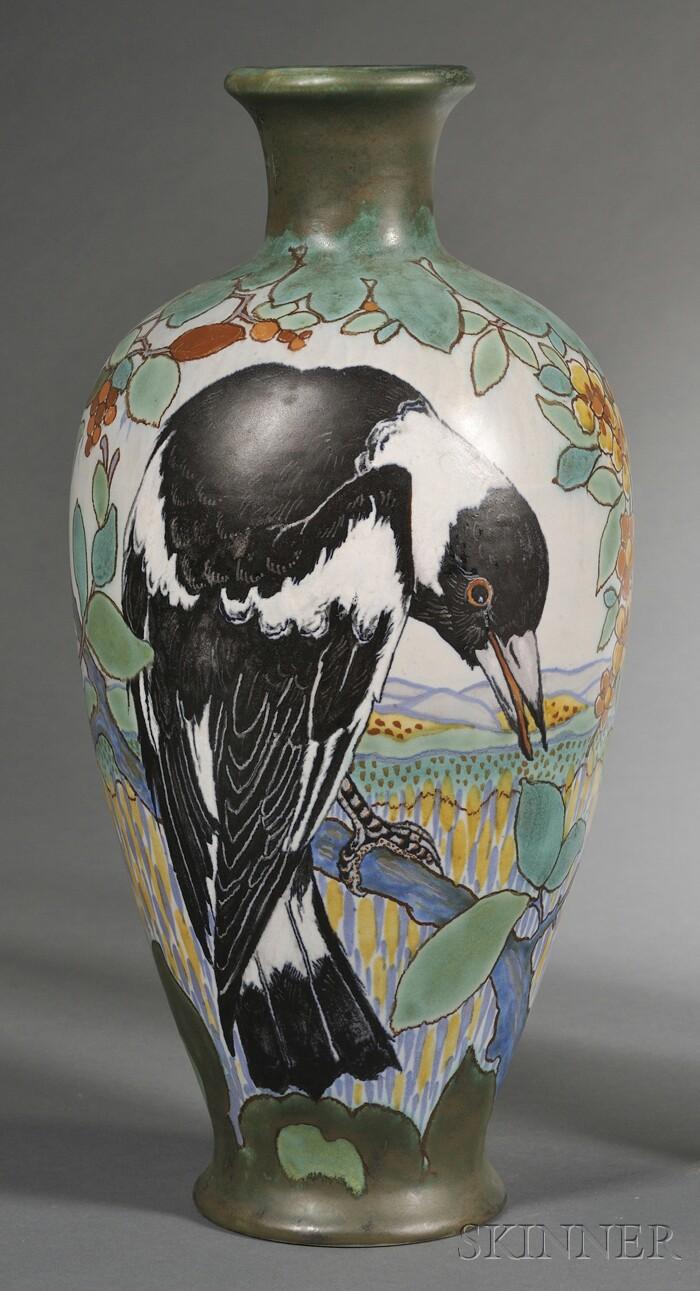 Gouda Semi-matte Glaze Pottery Magpie Vase