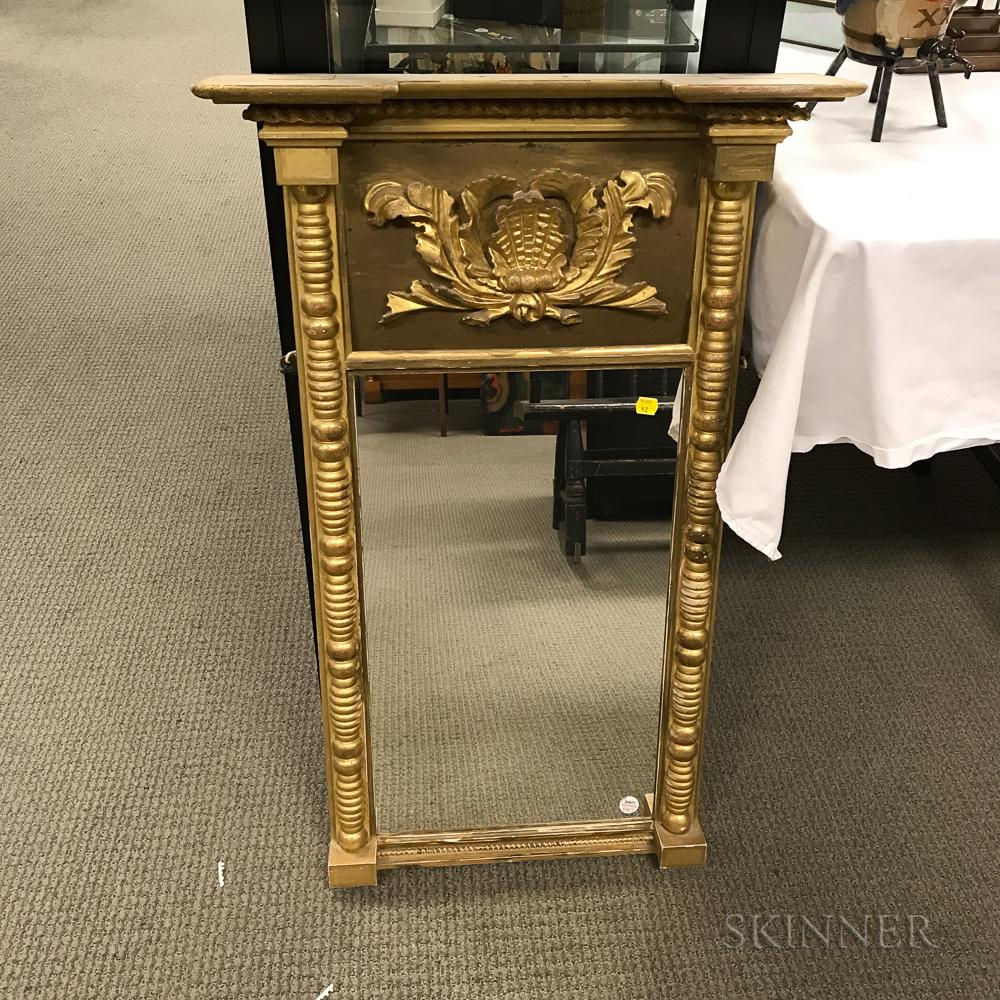 Federal-style Gilt-gesso Mirror