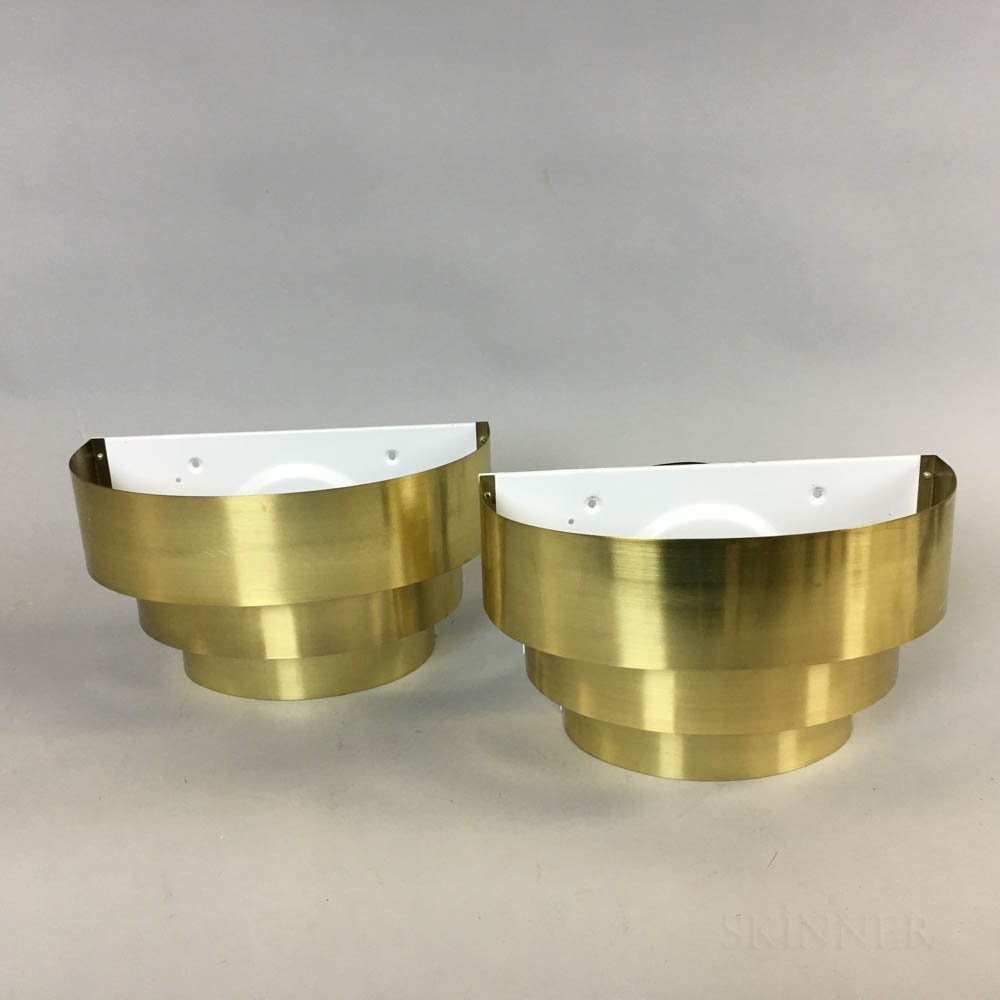 Pair of Lightolier Cascading Brass-plated Wall Sconces