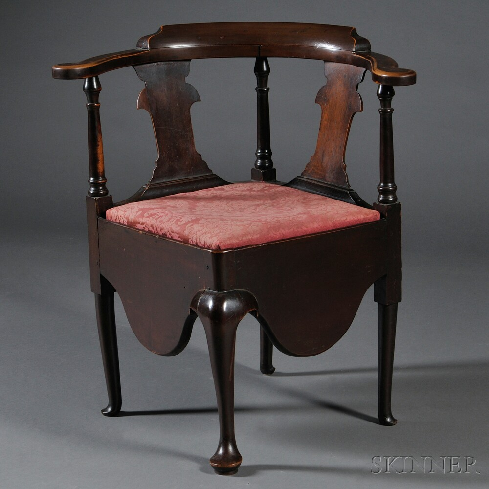 Queen Anne Cherry Roundabout Chair