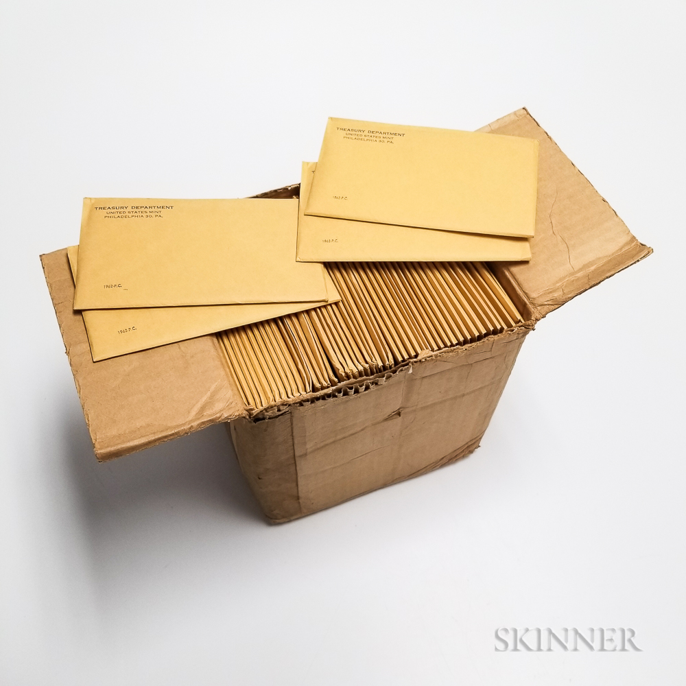 100 1962 U.S. Proof Sets in Original Envelopes.     Estimate $1,000-1,500