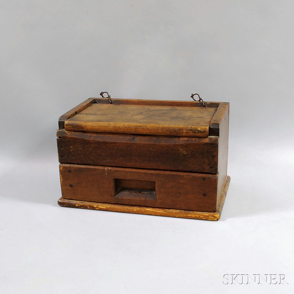 Wooden Shoeshine Stand