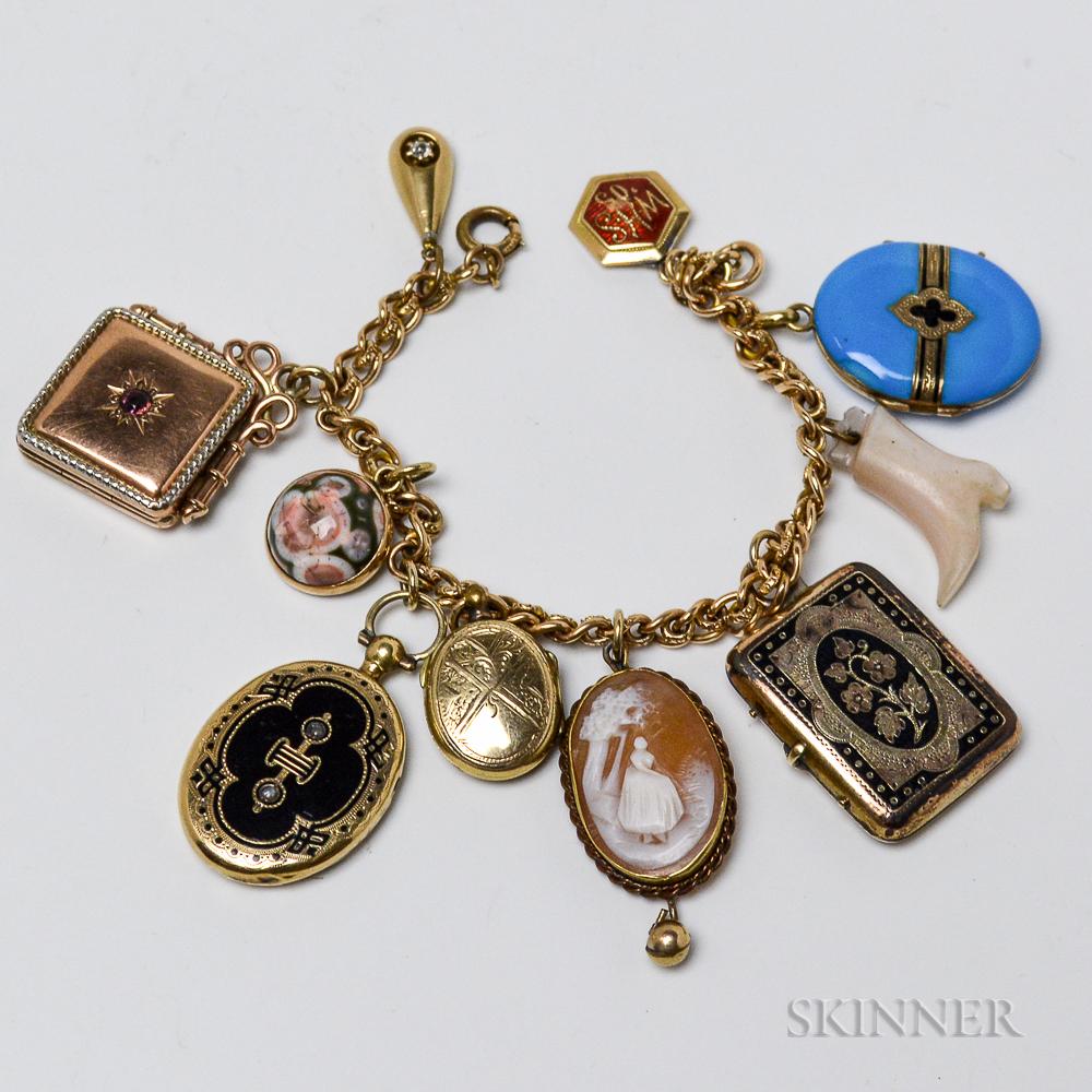 Antique 14kt Gold Charm Bracelet