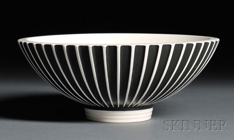 Wedgwood Norman Wilson Slip-decorated Bowl
