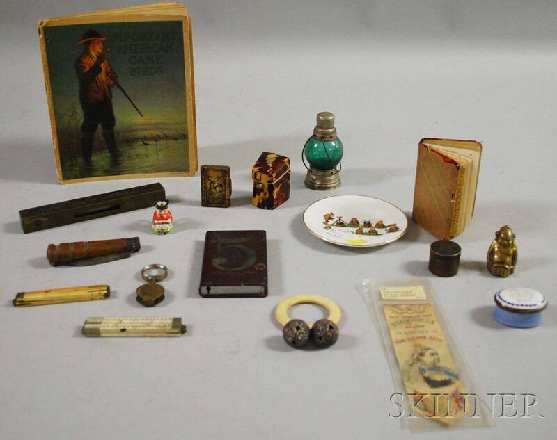 Assorted Group of Small Decorative Items