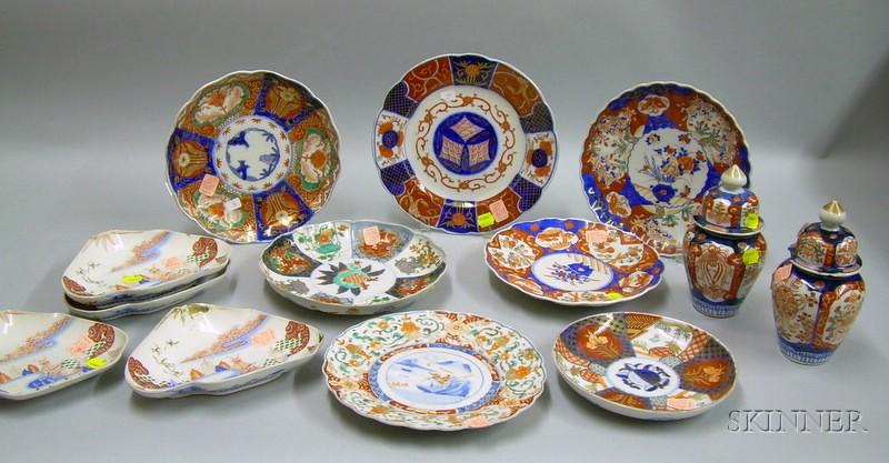 Thirteen Pieces of Imari Palette Porcelain Tableware