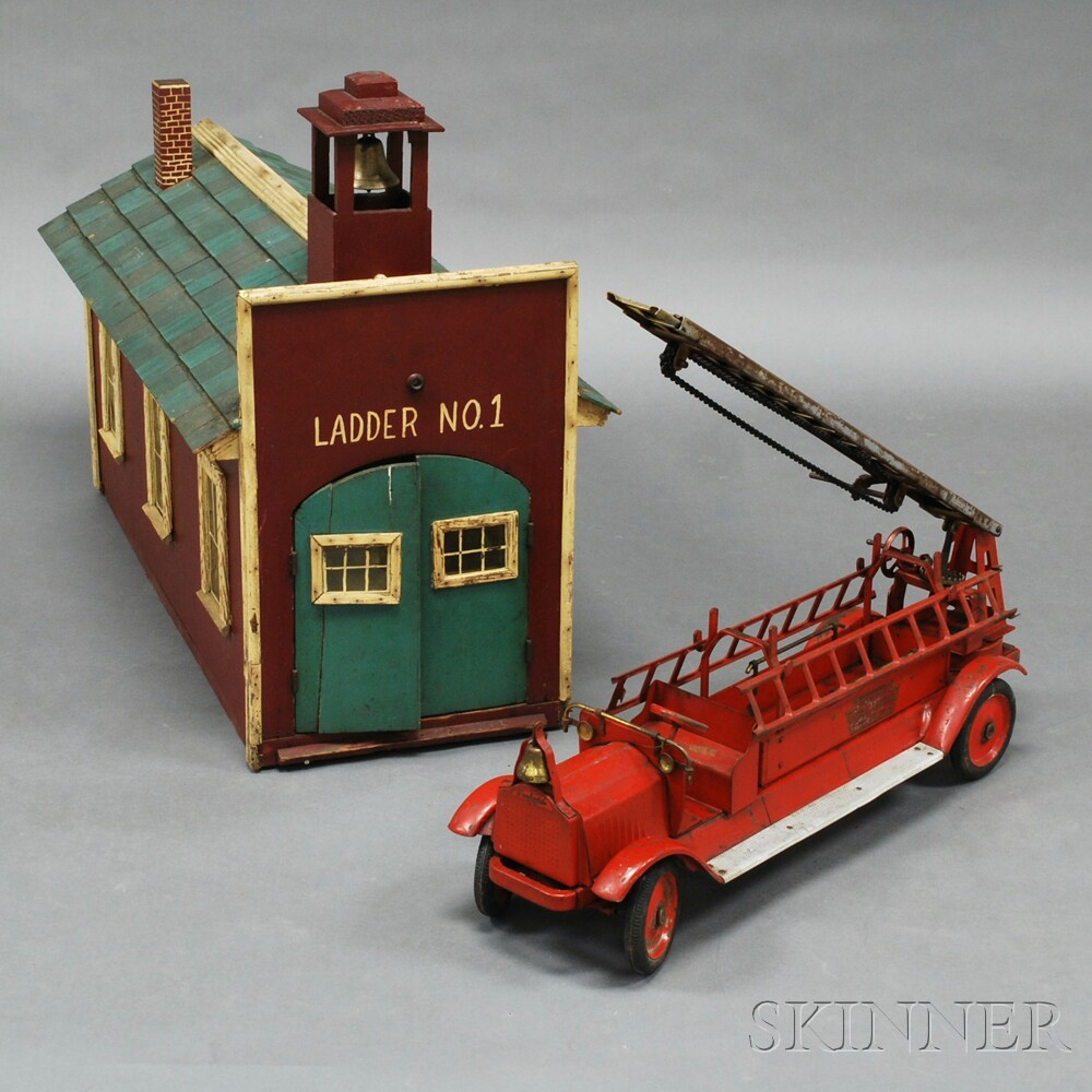 Keystone Packard Aerial Ladder #79 Fire Engine and Firehouse